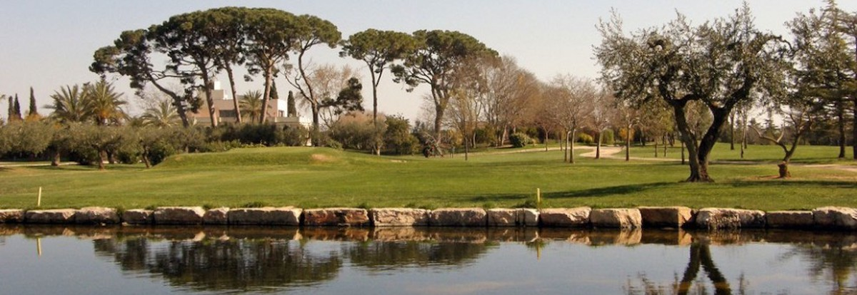 Water hazard on Aiguesverds Golf