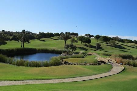 Water hazard on Boavista Golf