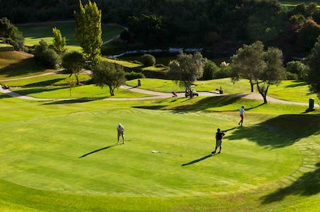 The 8th green on Los Arqueros Golf