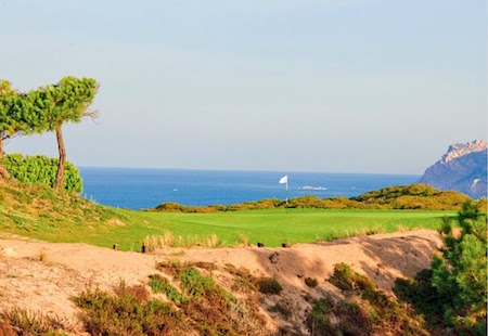 Green with view to the sea on Oitavos Dunes