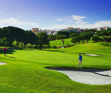 The 4th green on Vale do Lobo Royal Course